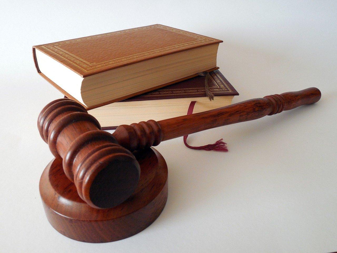 law-photo